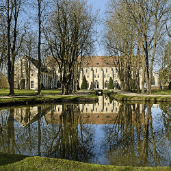 Abbaye de Royaumont © Jean-Paul Bounine - Fotolia.com